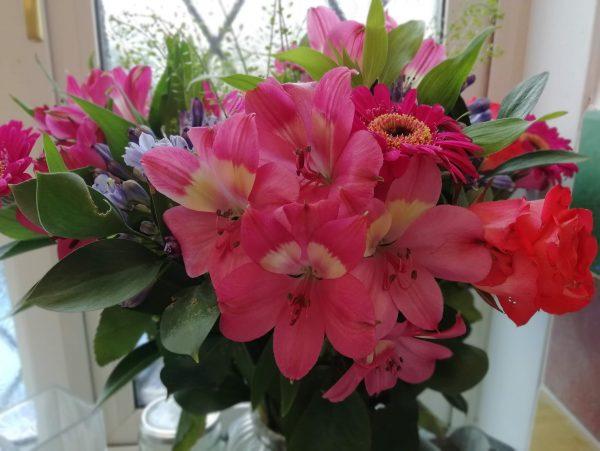 Appleyard flowers bouquet