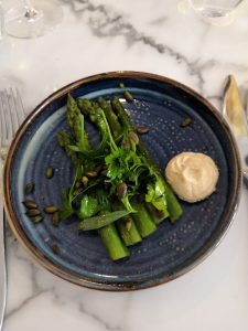 Asparagus with white bean aioli