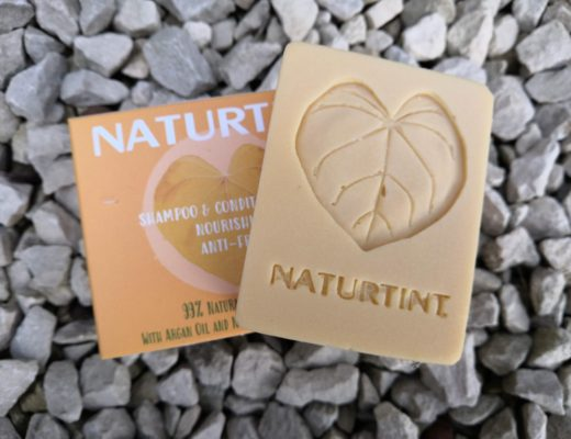 Naturtint shampoo and conditioner bar